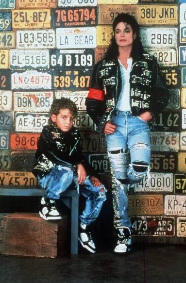 Wade-Robson-Michael-Jackson.png